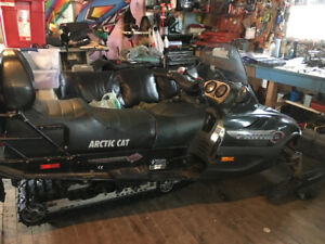 2002 Artic Cat 570 Panther Snowmobile