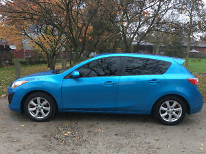 2011 Mazda Mazda3 Sport Gx Hatchback Cambridge Kitchener Area image 1