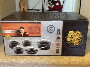 JAMIE OLIVER 10 PIECE HARD ANODIZED COOKWARE SET - NEW