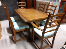 ERCOL Extendable Dining Table and 6 Chairs (excellent condition)