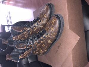 ( New ) Authentic Louis Vuitton Women's Boots Size 36 = 6 US