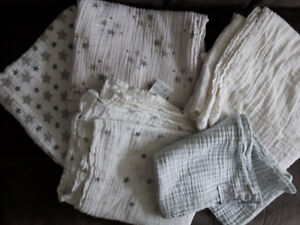 5 Muslin Baby Swaddles - Aden and Anais + Freshly Picked