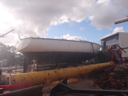Yacht 38 ft Bellevue Swan Area Preview