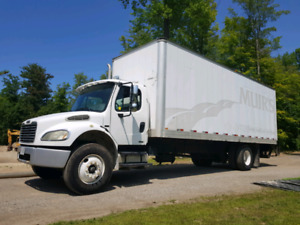 26 foot Freightliner EXCELLENT condition