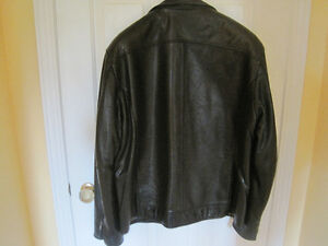Danier Leather Men's Coat Cornwall Ontario image 2