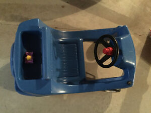 Little people music toy car with storage Kitchener / Waterloo Kitchener Area image 6