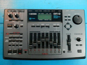 Boss BR-8 8x8 64 V-Track Digital Recording Studio