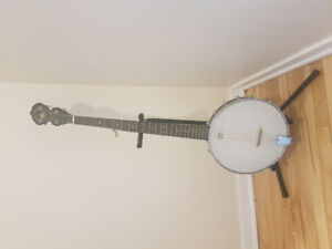 Banjo with case