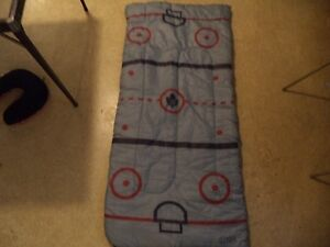TORONTO MAPLE LEAF KIDS SLEEPING BAG Windsor Region Ontario image 1