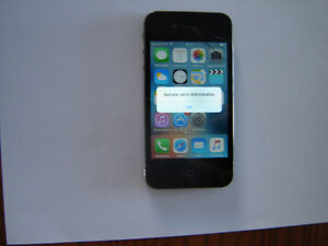Iphone 4S  16Gigs  Rogers defectueux