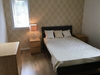 Immaculate double room available to a clean and tidy person