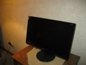 Monitor and Speakers For Sale