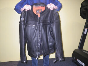 leather jacket in excellent condition - black