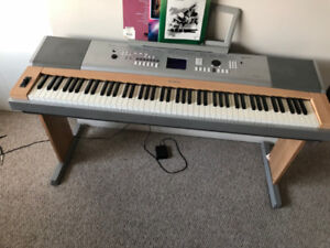 Beautiful Keyboard in Excellent Condition