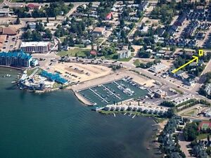 Infill Lot in Sylvan Lake - steps from Golf Course and Marina