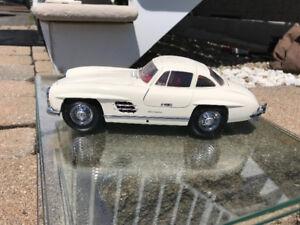 Mercedes 300 sl  kyosho diecast 1/18 Die cast