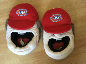 Montreal Canadians Slippers  Size 11-12