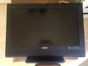 "32"" HD flat screen tv"