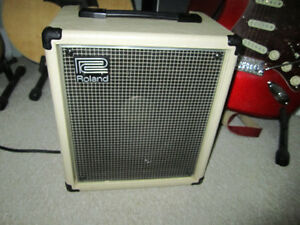 Roland Cube 40 Guitar Amplifier Vintage Very Good Condition