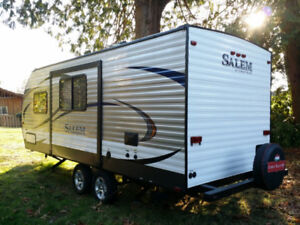 FOR SALE - 2017 Forest River SALEM 21RBS 22, ALMOST BRAND NEW