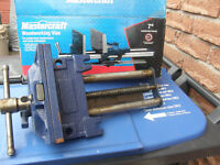 Woodworkers bench vice