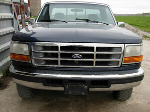 PARTING OUT 1992 F150 Reg Cab Shortbox 4x4 XLT Flareside truck
