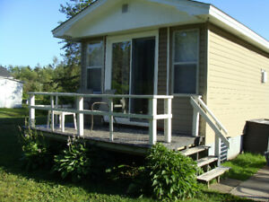 END OF SUMMER SPECIAL Weekly cottage rental walk to the beach