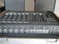 Traynor 12400 Mixer Amplifier and Speakers
