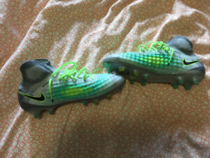 High end soccer cleats, Size: 11
