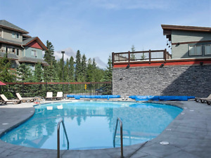 Premium 2BR Condo in Canmore, with Heated Pool, Hot Tub!