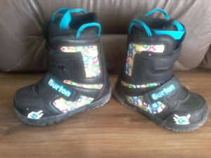 Kids size 1 snowboarding boots