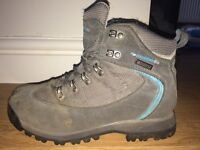 Size 4 Ladies Walking Boots