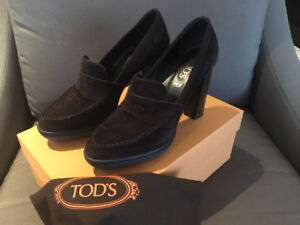 TOD'S dark brown suede high-heel loafers – size 38.5