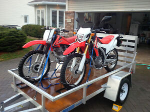 Like new Honda bikes with trailer - Great for a parent and child