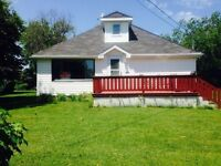 Cottage For Rent/ Parlee Beach (Shediac)
