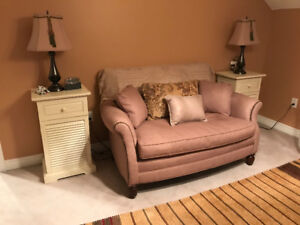 Spring Moving Sale - Bedroom set/Lamps/Night Tables/Love Seat