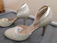 Debut Cream Diamonte Detail Shoes
