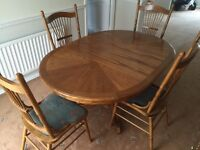 Harvey's Wooden Table and 4 Chairs Circle Oval Table