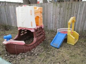 $35 SMALL CLIMBER  /  $75 BIG PIRATE SHIP  *call 519 452 7661