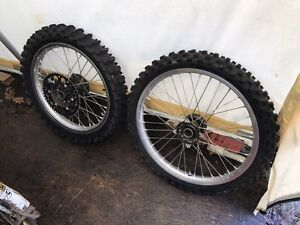 Kx250f parts and wheels/tires forsale.