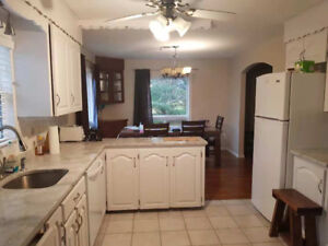 Beautiful and large 4 bedrooms 3 bathrooms house in Berry Mills