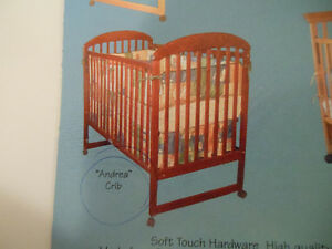 Matching Luna crib and change table Cambridge Kitchener Area image 1