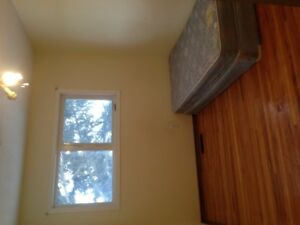 64 Ave 4st NW upstairs single bedroom for rent