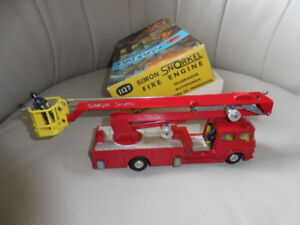 Corgi Major Toy Simon Snorkel Fire Truck 1127 w Box 1960's