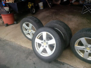 225 55 17 Michelin Xice on Acura Aluminum Rims with TPMS sensors