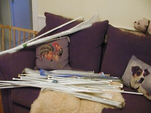 Large amt of curtain rods