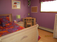 ROOM TO RENT TO FEMALE