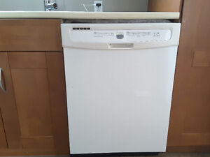 Lave vaisselle maytag
