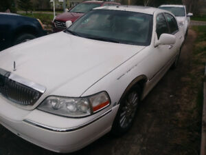 lincoln town car signature limited 2003