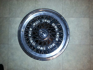 1974 1975 1976 Thunderbird Chrome wire deluxe hubcap